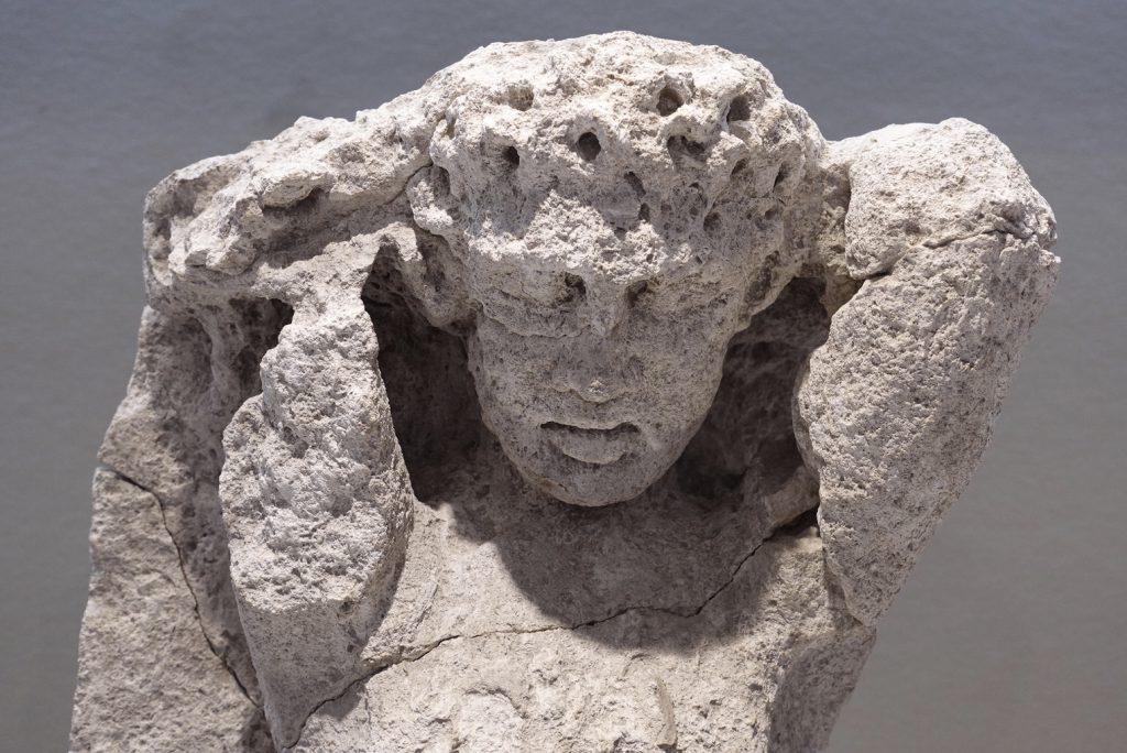 Beeld in het archeologisch museum van Siracuse